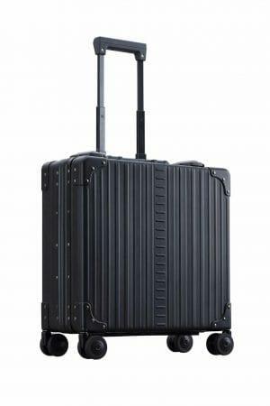 Wheeled Business CaseBlack Wheeled aluminum luggage