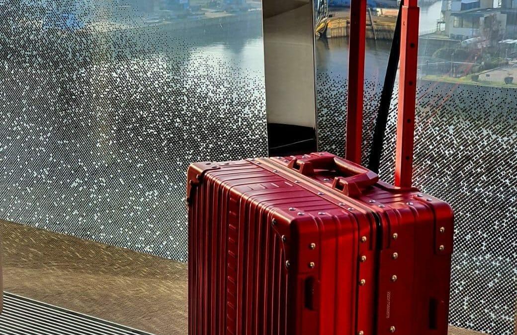 luxury luggage and why you need aluminum